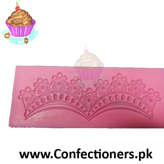 Large Frill Mold