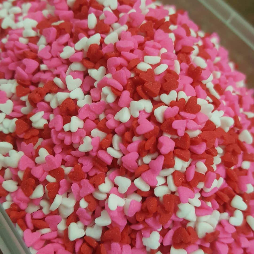 CDP017 - Mini Hearts Red White Pink Sprinkles Confetti 1000gm