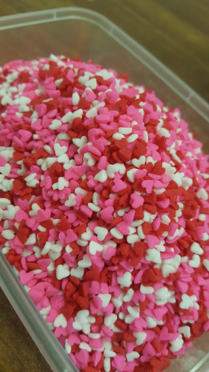 CDP018 - Mini Hearts Red White Pink Sprinkles Confetti 2000gm