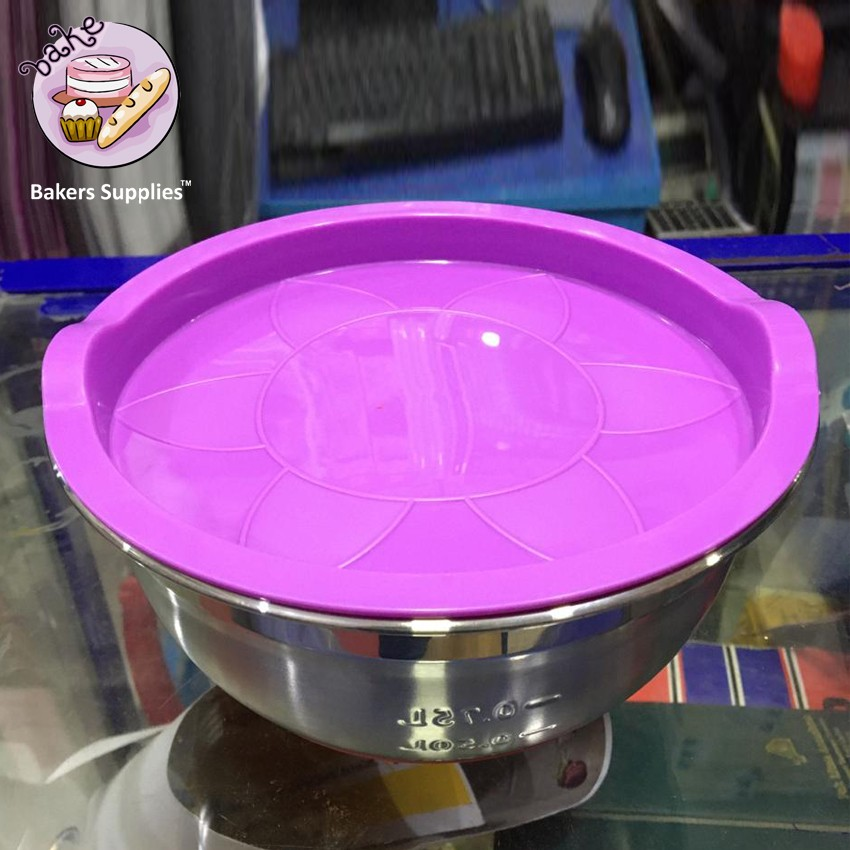 BT0081 - Stainless Steel Mixing Bowl With Lids 0.75 Litre